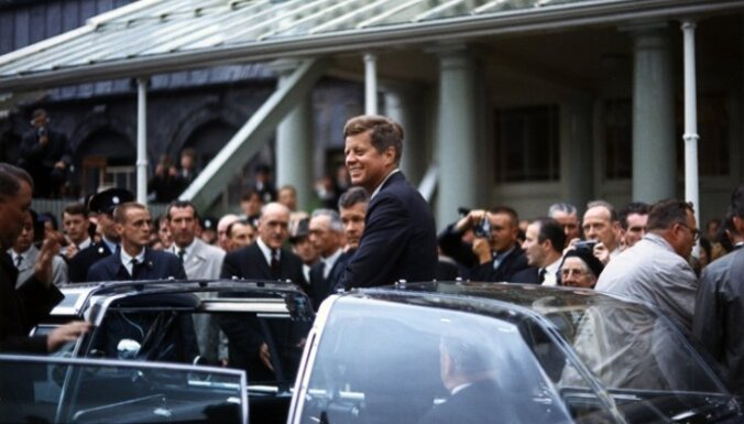 За помощь в поимке убийцы Кеннеди — грамота