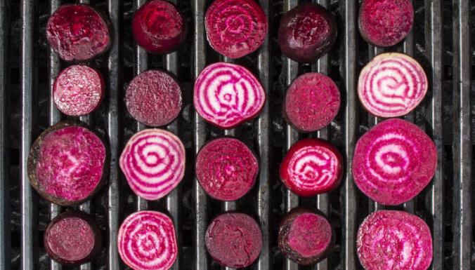 Žurnālists BBC blogā slavē Latvijas kulinārās īpatnības