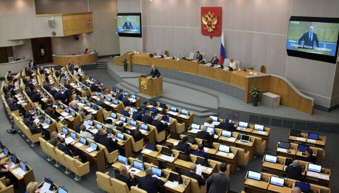 Krievijas deputāti Rietumus vaino sabiedrības noskaņošanā pret valdību