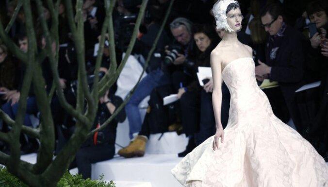 Paris Haute Couture: Бельгийский Dior— цветы и минимализм
