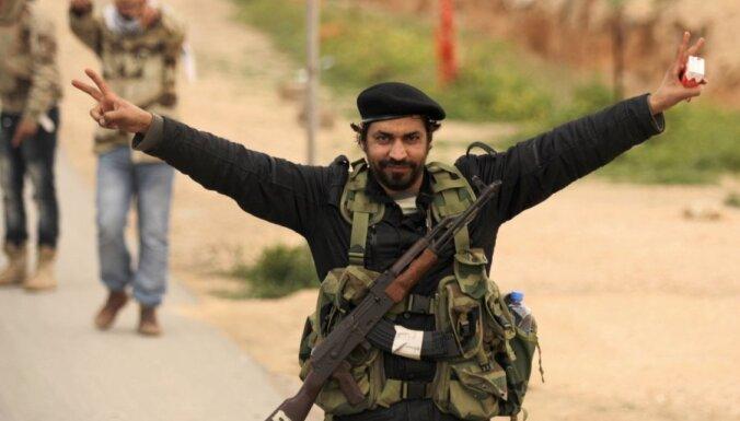 Повстанцы Ливии получат помощь в размере $1,3 млрд.