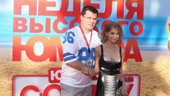 """ФОТО: Звезды и гости открытия """"Недели высокого юмора с Comedy Club"""""""