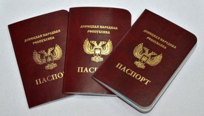 Литва требует непризнания российских паспортов жителей Донбасса в ЕС
