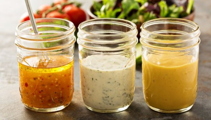 Lielā mērču izlase: ar ko aizdarīt salātus, kotletes, kartupeļus un citus ēdienus