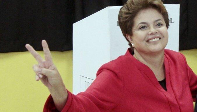 Brazīlijas prezidenta amatā pirmoreiz ievēlēta sieviete