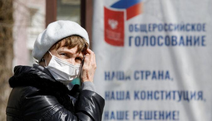 Krievijā ar Covid-19 inficēto skaits pārsniedzis 62 000