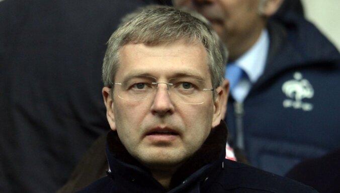Krievu oligarhs par šķiršanos maksās rekordlielu summu – 4,5 miljardus dolāru