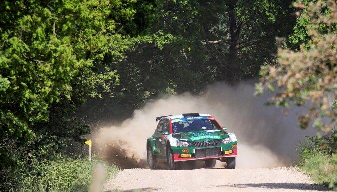 Olivers Solbergs ātrākais 'Rally Liepāja' kvalifikācijā; Sesks tieši aiz trijnieka