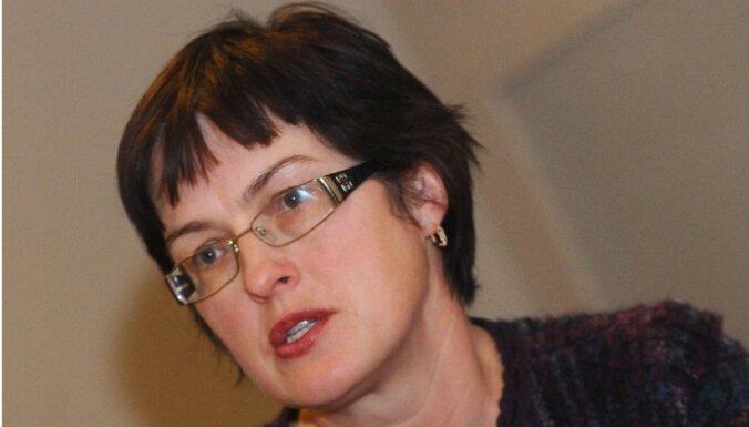 Iveta Ķelle: Vai cenzūra veicinās kvalitatīvu izglītību?