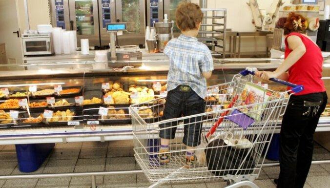 'Pārtikas milži' noliedz sliktākas pārtikas tirgošanu ES jaunajās valstīs