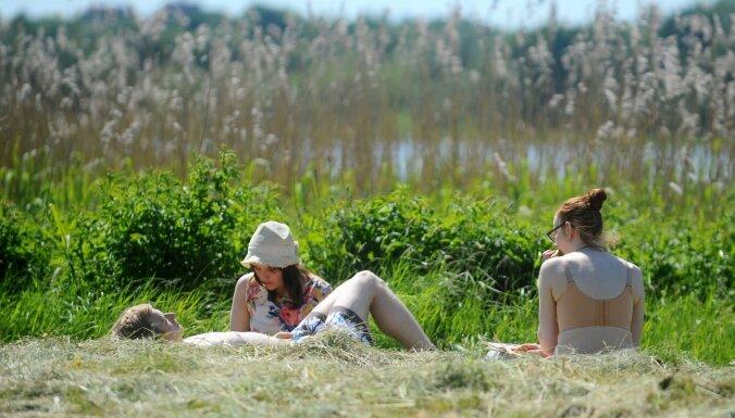 Сегодня в Латвии теплый и сухой день, вода - до +24 градусов