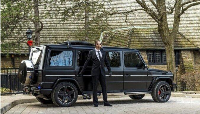 Bruņots un pagarināts – 'Mercedes' apvidnieks par miljonu