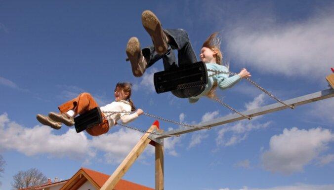 Aizkrauklē plānots nomainīt pilsētā lielākā bērnu laukuma aprīkojumu