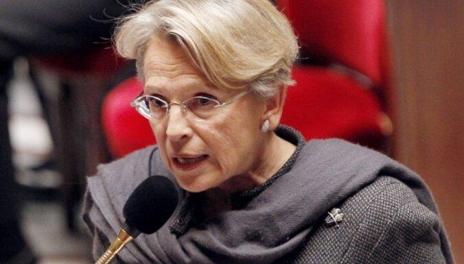 No amata atkāpjas Francijas ārlietu ministre