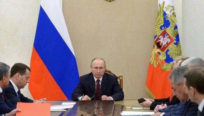 Pienācis laiks attīstīt pilnīgi citādu pieeju Krievijas nākotnei, atzīst eksperts