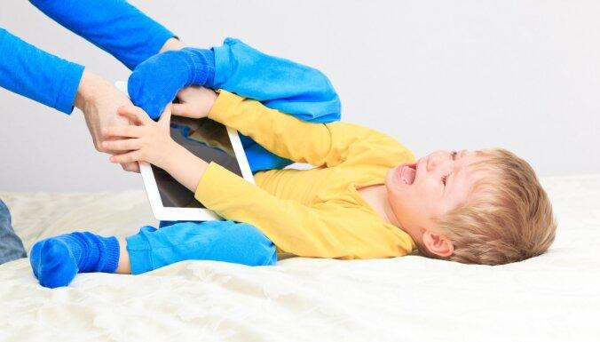 Tas ir apburtais loks – seši mīti par bērnu sodīšanu psihologa skatījumā