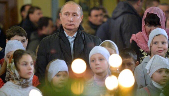 Putins atvainojies turkiem par trīs karavīru nogalināšanu pie Bābas
