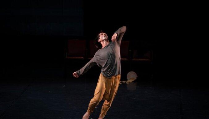 Horeogrāfs Burlovs Londonas skatītājiem piedāvā jauniestudējumu un Vaska 'Gadalaikus'