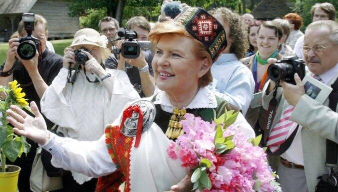 Вике-Фрейберга: наступил неплохой момент для введения евро в Латвии