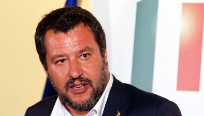 Главу МВД Италии обвинили в связях с Кремлем