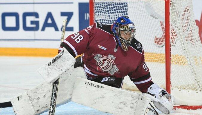 Kalniņš: šī noteikti bija mana grūtākā spēle KHL