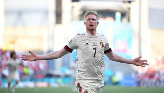 Гол и передача де Брейне помогли Бельгии переломить ход матча с Данией
