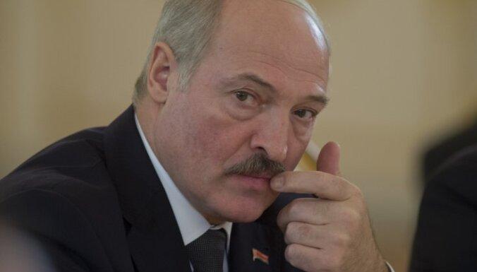 ВИДЕО: школьник, бросивший вызов Лукашенко, вызван в милицию