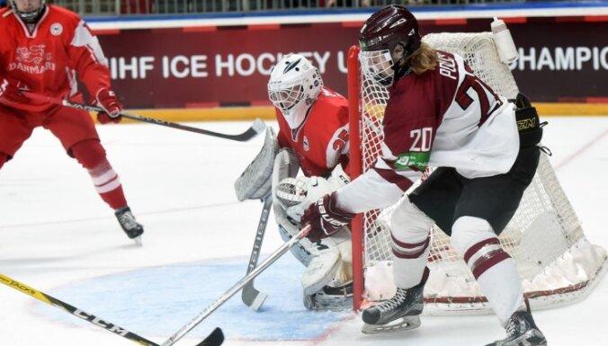 U-18 hokeja izlases uzbrucējs Polcs: negribējām visu atstāt uz pēdējo spēli