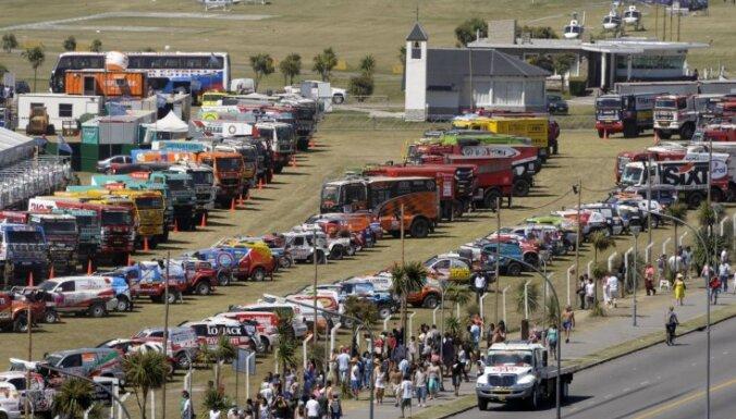 Argentīnā simboliski startē Dakaras rallijreids