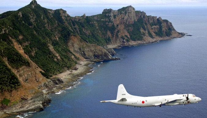 Japāna protestē, bet Ķīnas kuģi nepamet Senkaku ūdeņus