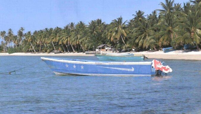 Māršala salu krastos atrod pamestu laivu ar 649 kilogramiem kokaīna