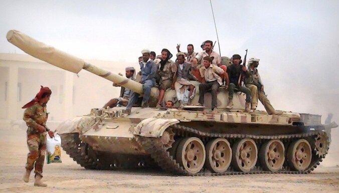 Jemenā stājies spēkā pamiers, ko sola ievērot visas karojošās puses