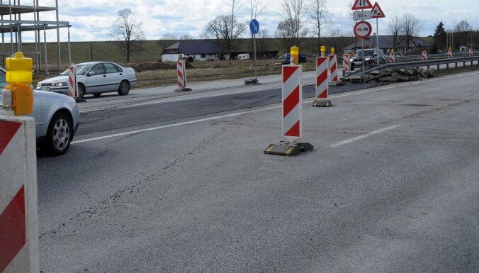 Vislielākie satiksmes ierobežojumi – ceļā starp Tukumu un Kuldīgu