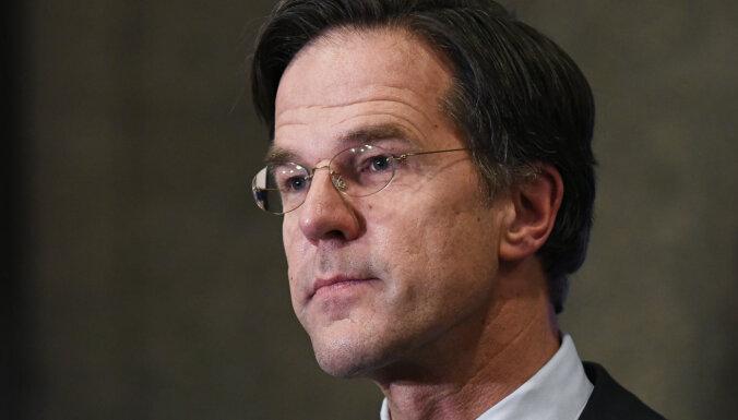 Nīderlandes parlamenta vēlēšanās uzvarējusi premjera partija, liecina sākotnējie rezultāti