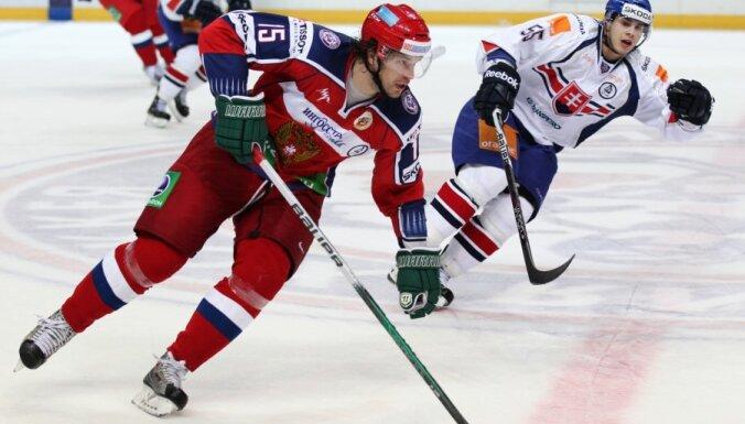 В хоккейной сборной России еще одна замена