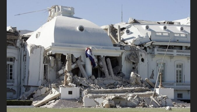 Ministrs: Haiti zemestrīces upuru skaits var sasniegt 200 000