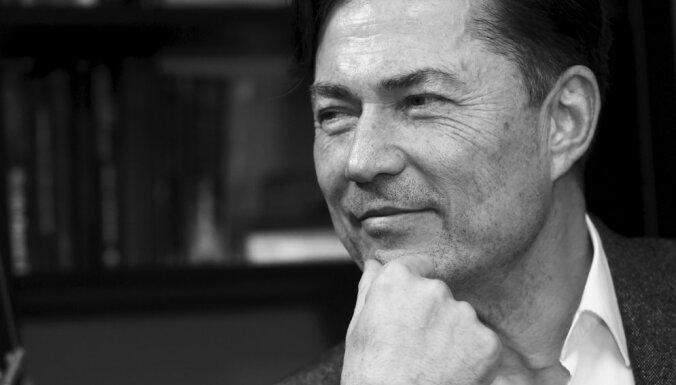 Mūžībā aizgājis aktieris, režisors un uzņēmējs Andrejs Žagars