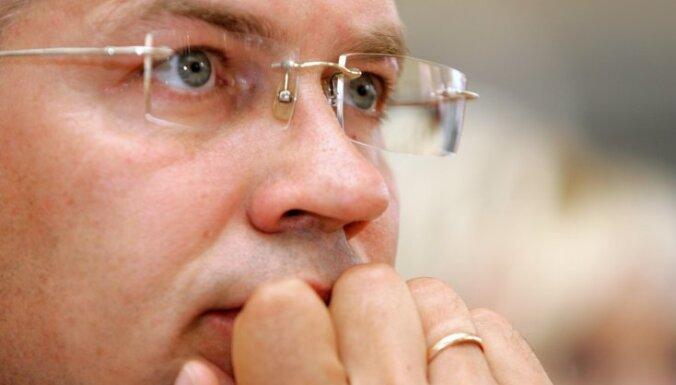 Premjeram jāatceļ lēmums par Strīķes atbrīvošanu, pārliecināts Latkovskis