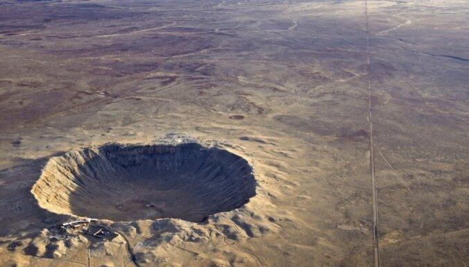 Čeļabinskiešiem, iespējams, paveicies – vēsturē fiksēti daudz lielāki meteorīti