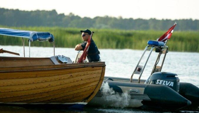 ФОТО: водная полиция поймала трех нарушителей