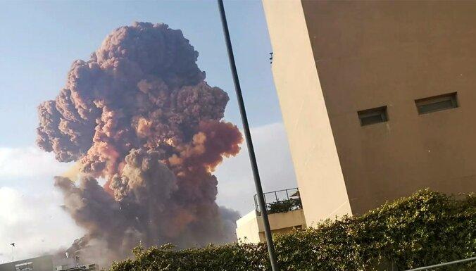 Взрыв в Бейруте: откуда взялось грибовидное облако и красный дым?