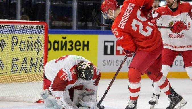 Krievija pārtrauc septiņu vārtu sēriju un pārspēj Baltkrieviju 'tikai' ar sešiem 'goliem'