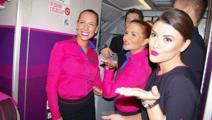 ФОТО: Wizz Air пообещала расширяться в Балтии; компания представила новую форму