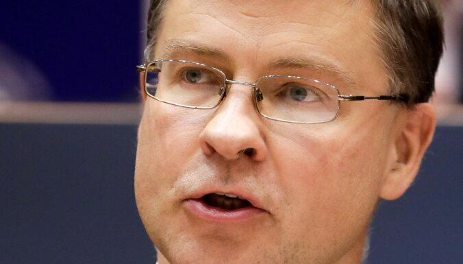 EP apstiprina Dombrovski arī tirdzniecības komisāra amatā