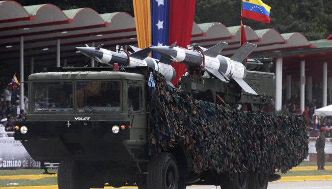 Venecuēlas armija pavadīs Irānas tankkuģus, kuri piegādā degvielu