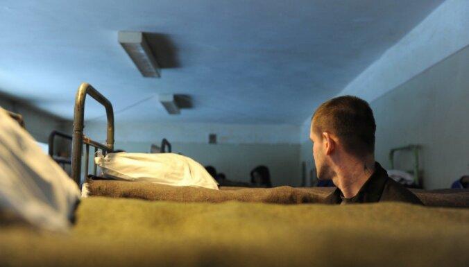 Par Vecmīlgrāvī izdarīto dubultslepkavību pusaudzim piespriests 10 gadu cietumsods