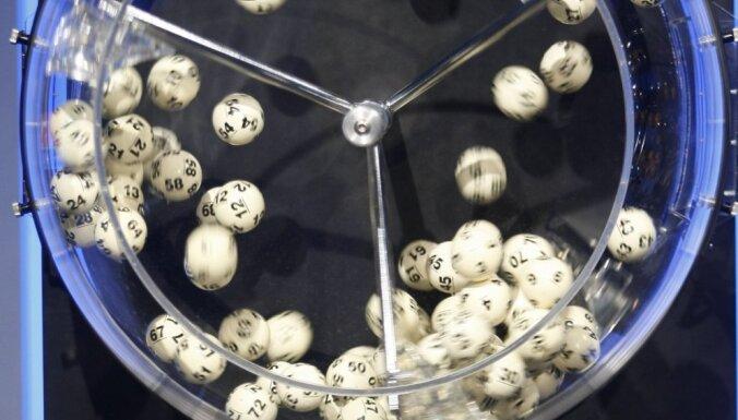 В Великобритании разыгрывают в лотерею стеклянный особняк за 4,2 млн долларов