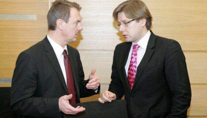 Кристовскис призвал Ушакова признать факт оккупации в публичном обращении