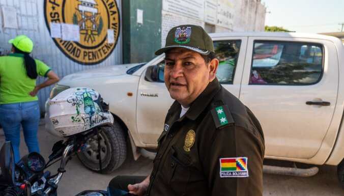 Noskaties! Pirmie kadri no Sandija Semjonova filmas par kokas biznesu Bolīvijā