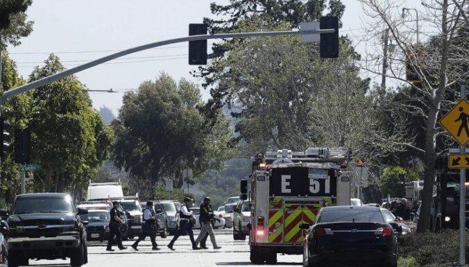 Apšaudē 'YouTube' galvenajā birojā Kalifornijā mirusi šāvēja; trīs ievainotie (plkst. 9.45)